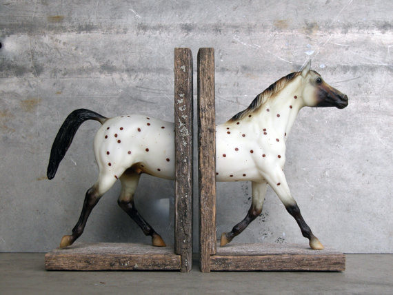 Set of 2 horse bookend